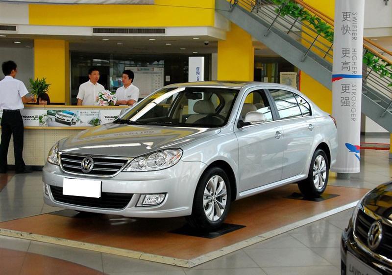 上海大众 朗逸 2011款 2.0l 自动品悠版